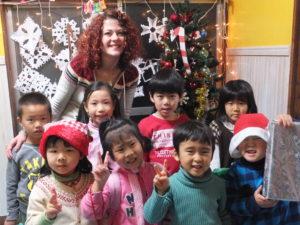 アイスクール 英会話 子供 キッズ 幼児 外国人 先生 藤沢 小学生 中学生 鵠沼 i-scool 英会話教室 レッスン